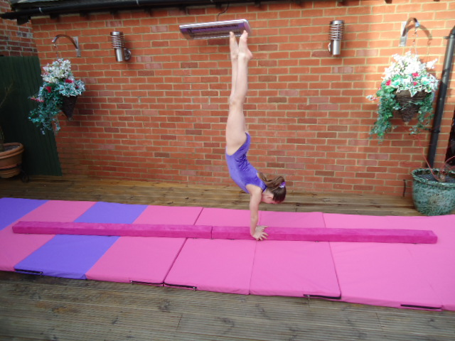 Folding Gymnastics Gym Balance Beam 3 0 Mtrs 10ft Purple